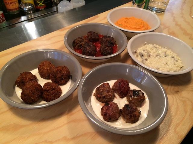 test les boulettes du restaurant balls fastandfood. Black Bedroom Furniture Sets. Home Design Ideas
