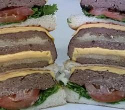 ulti-meatum burger1