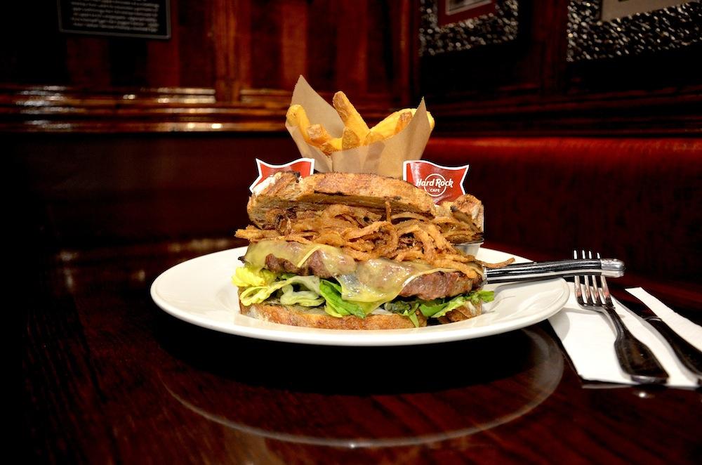 Hard Rock Cafe va proposer un burger à 71 centimes