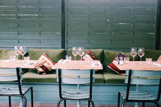 l auteuil brasserie la nouvelle belle terrasse italienne du 16 me. Black Bedroom Furniture Sets. Home Design Ideas