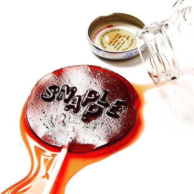 Comment réaliser des sucettes à base de sodas ?