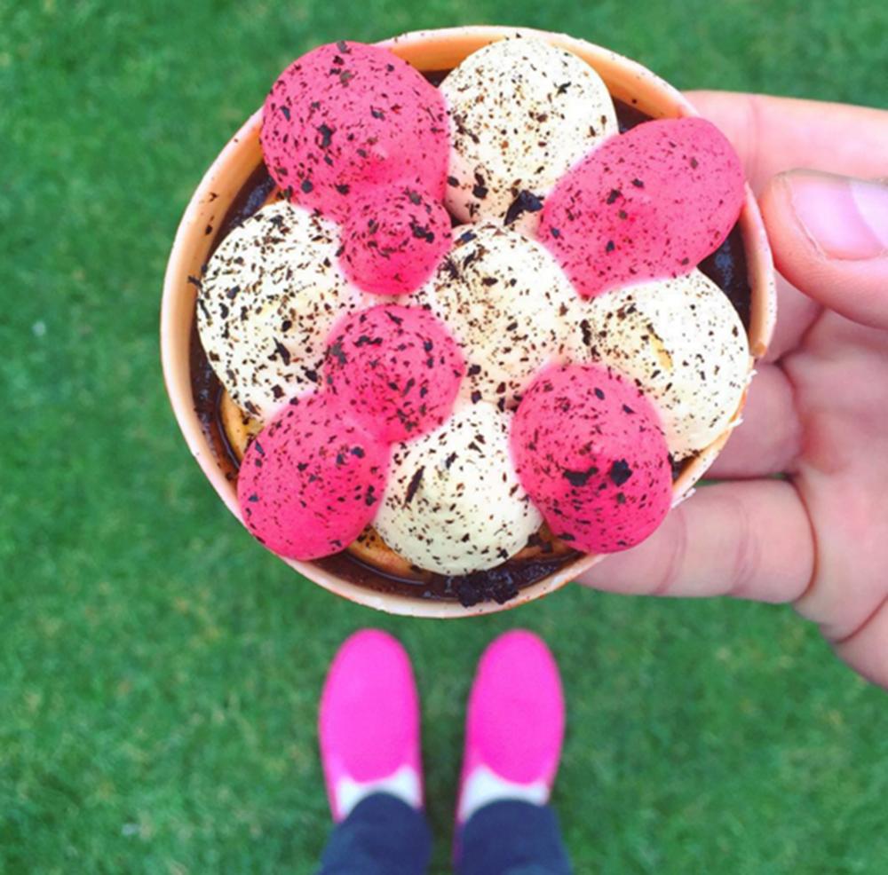 Le compte Instagram qui trouve pâtisserie à son pied