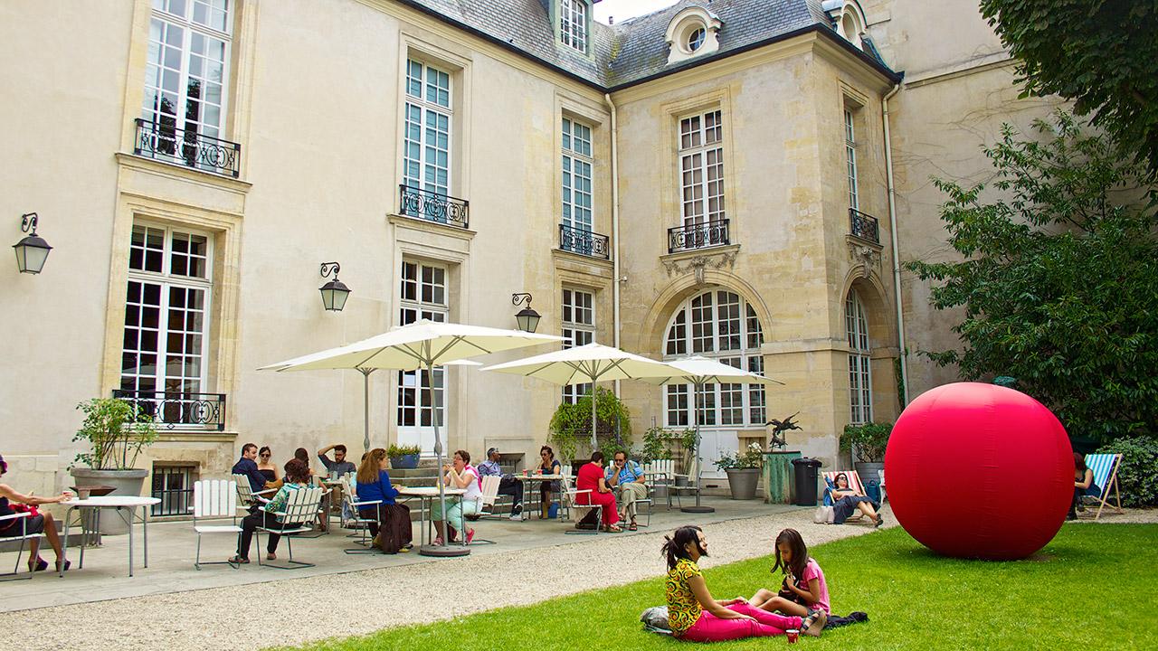 Caf Ef Bf Bd L Exception Paris