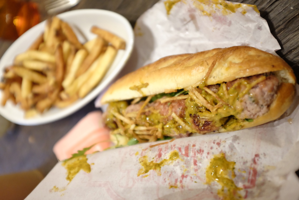 TEST : Le Meatball Sandwich du Café des Abattoirs