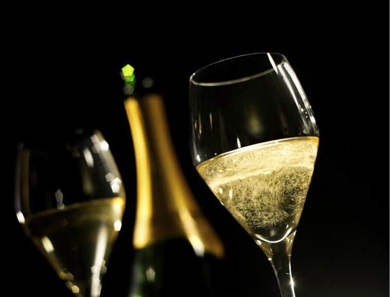 TOP : 5 adresses pour savourer une coupe de Champagne à Paris