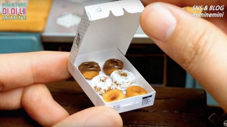 Une Youtubeuse coréenne réalise des mini-donuts