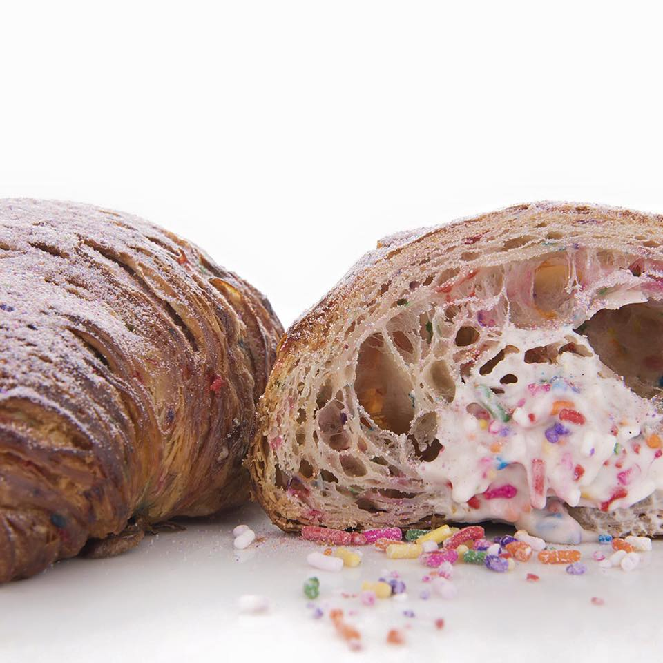 Pin Catalogue Croissant Cake On Pinterest