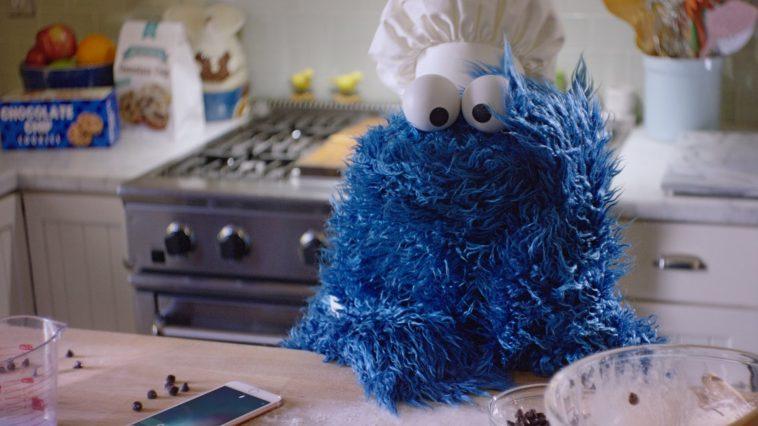 Croquez dans le nouveau Cookie Monster Bagel !