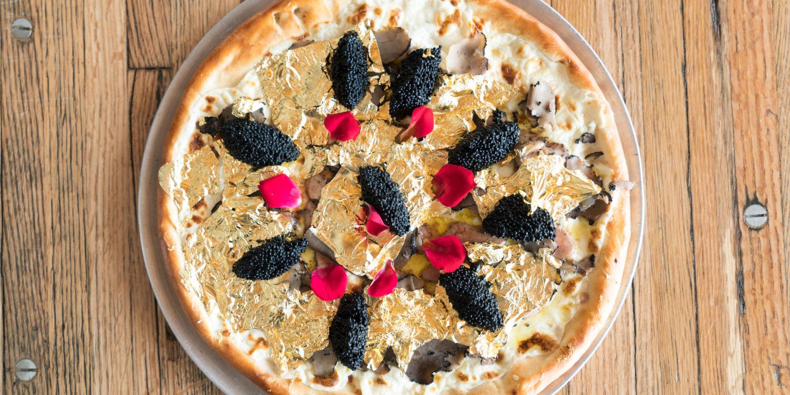 Une pizza à 2000 dollars avec du caviar, de la truffe et du foie gras