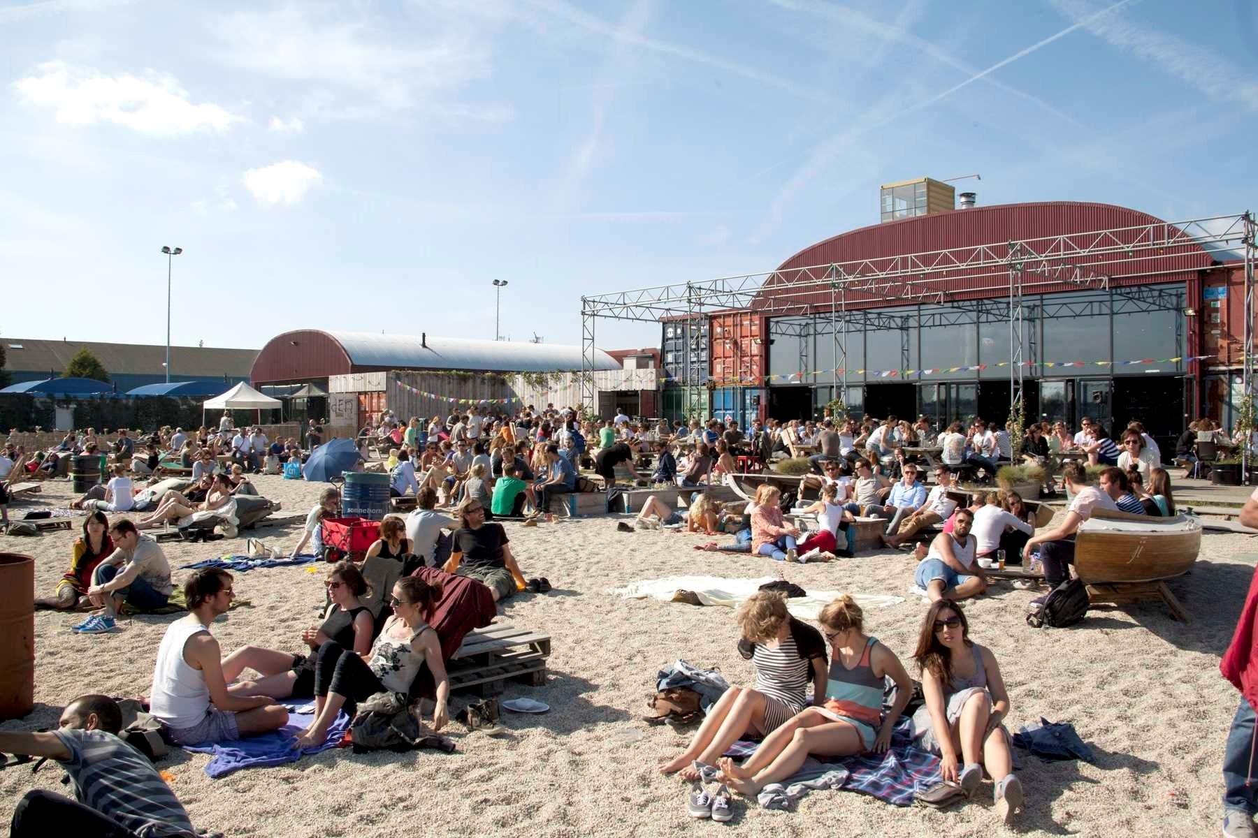 TOP : Pllek, manger dans un conteneur à Amsterdam