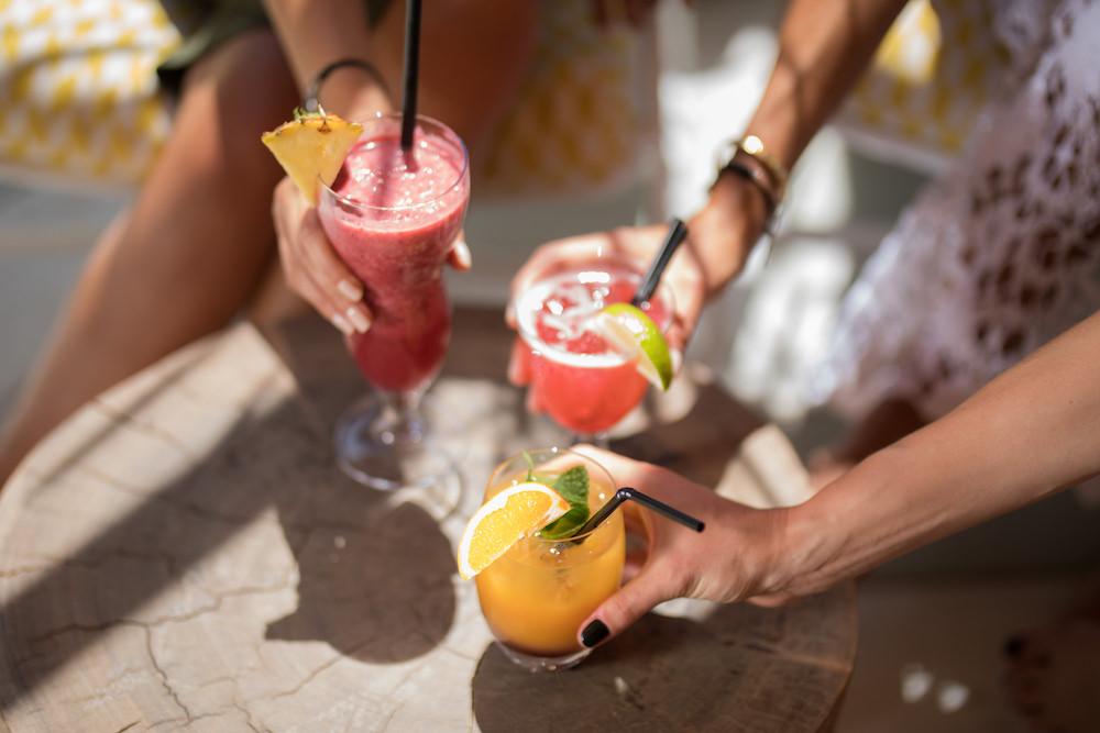 Le Beefbar les pieds dans l'eau à Cannes pour la street food de boeuf de Kobe