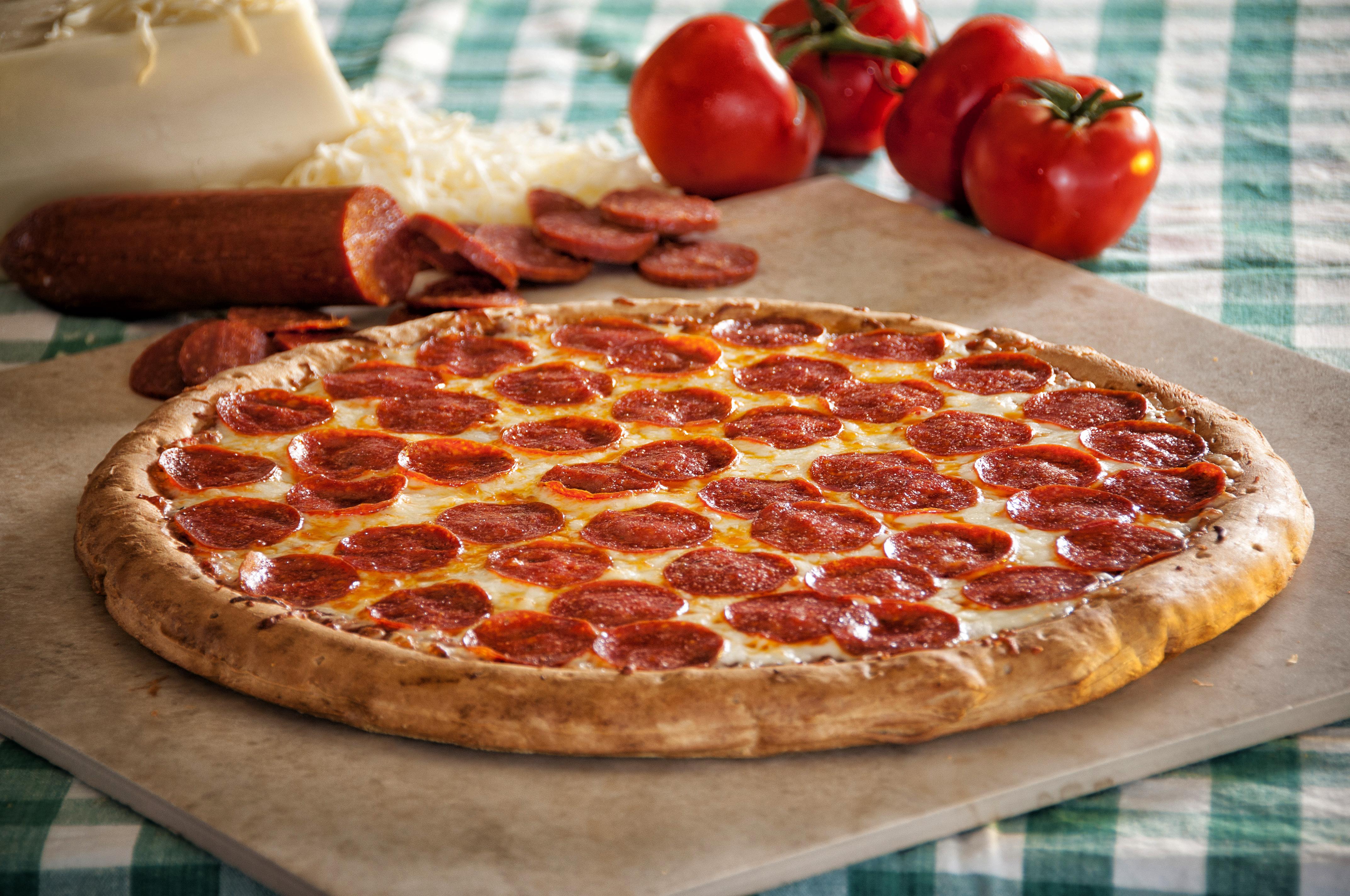 The Pizza-Kini, un bikini réalisé avec de la vrai pizza