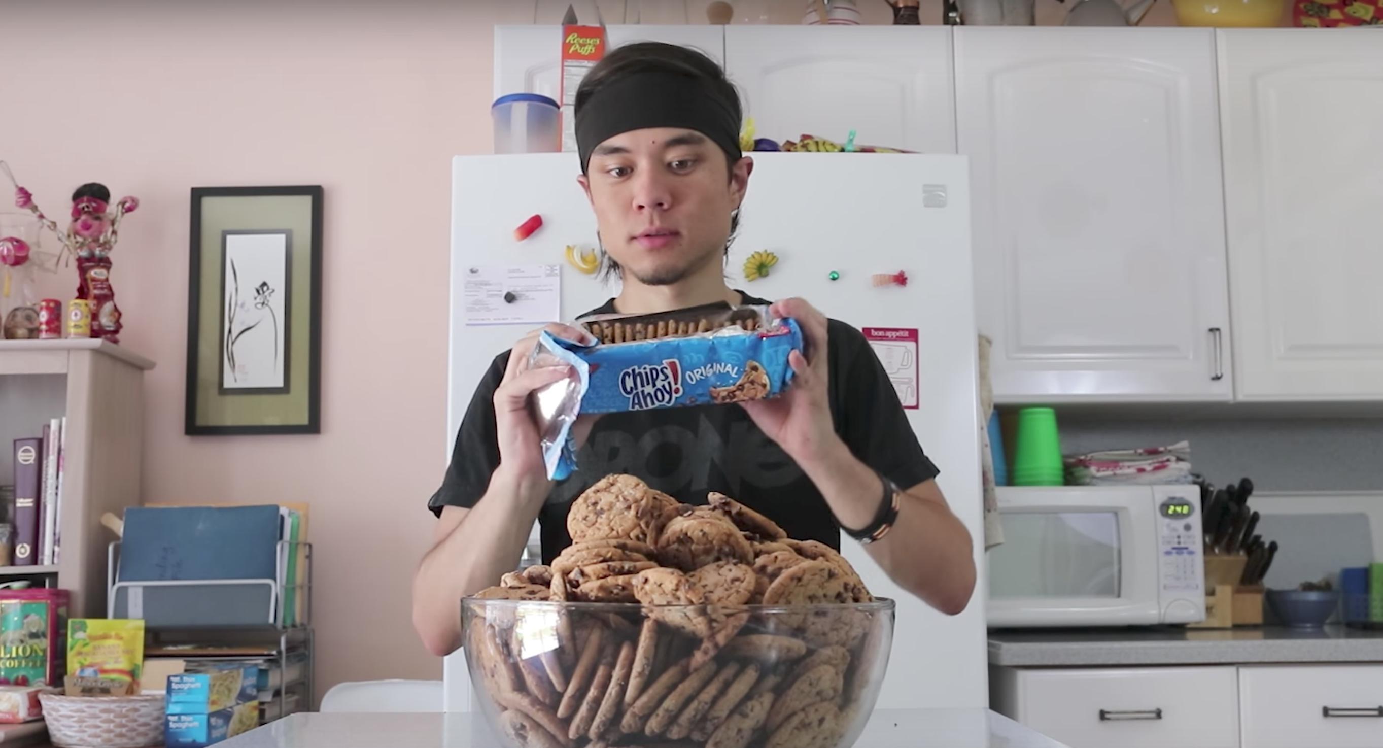 Il mange 237 cookies en 27 minutes, impossible pour vous ?