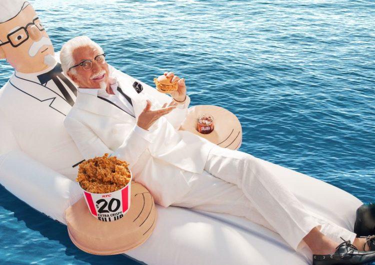La bouée KFC du Colonel Sanders qu'il vous faut cet été !