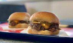 Casey Neistat teste le burger végétal au steak saignant mais…